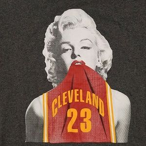Other - Marilyn Monroe & the Cleveland Cavaliers Tee